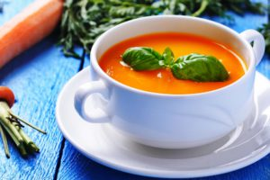 морковный суп с миндалем